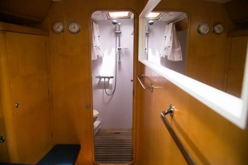 LifeSong sailing croisiere voilier garcia cabine avant