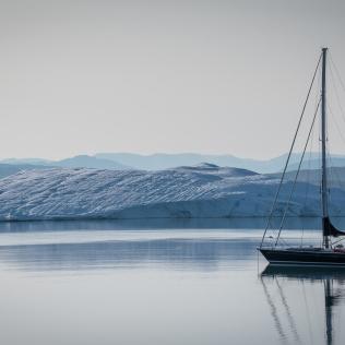 Mouillage à côté des glaces