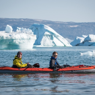 Nos kayaks neufs, stables et confortables